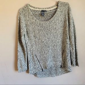Quinn size small Chunky Knit Scoop neck sweater